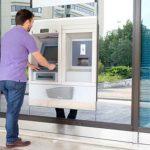 Les autorités suggèrent aux banques de partager leurs distributeurs
